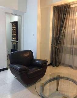 True full  leader sofa set