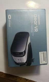 二手Samsung ~ Gear VR SM-R322 頭戴式虛擬裝置
