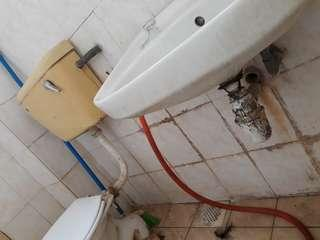 Plumber & wiring servis. Renovation home atap bocor