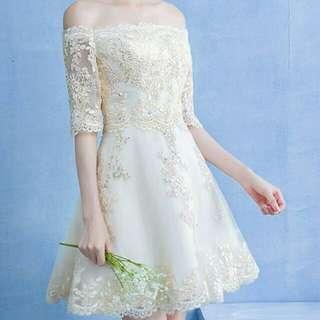 🆕 Off-shoulder bridesmaid gown