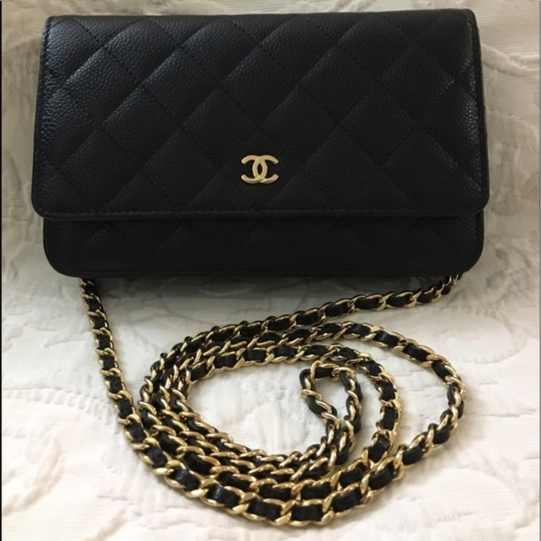 47a0e03f3fa7 100% Authentic Chanel Wallet on Chain leather clutch bag, Luxury ...