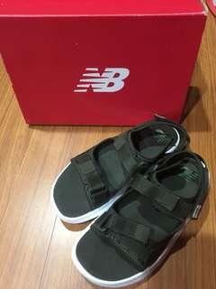🚚 New balance NB迷彩兒童涼拖鞋 20