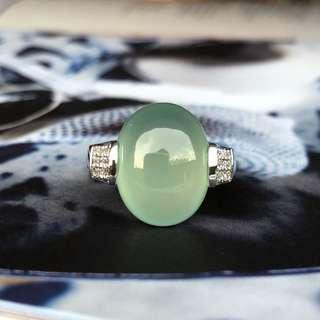 Icy A-Grade Type A Natural Mint Green Jadeite Jade Oval Cabochon Ring (18k white gold and diamonds) No.161318