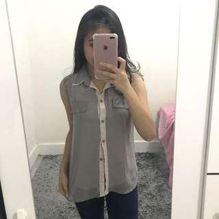 Baju kerah sleeveless