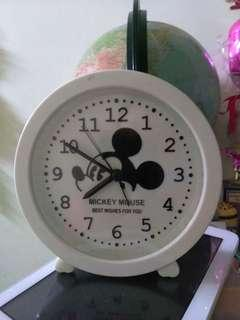 Jam beker/alarm clock