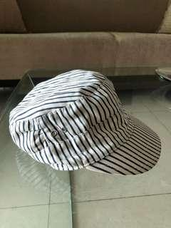 H&M Divided Cap