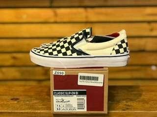 VANS SLIP ON CHECKEBOARD CLASSIC