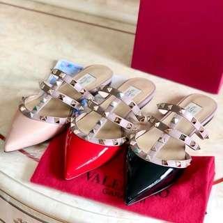 Valentinop Rockstud Flat Leather Mules