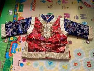 新年中國服,合歲半至2歲