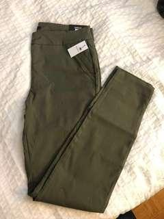 BNWT RW&co work wear leggings - L