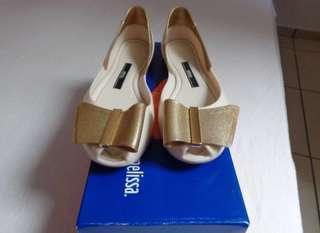 RUSH SALE! Authentic melissa shoes!