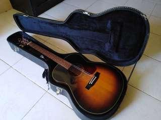 Morris MF-256TS Acoustic Guitar