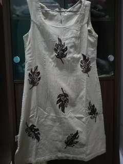DRESS BATIK LEAVES VINTAGE CREAM