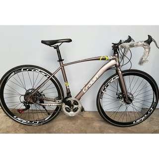 700C CROLAN Racer ☆ Shimano 21 Speeds ☆ Disc brakes ✩ Brand New Bicycle / Road Bike.