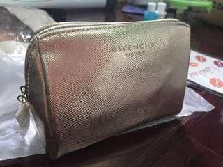 🚚 紀梵希Givenchy 金色化妝包/僅開封量尺寸