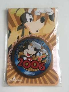 迪士尼襟章✨2006新年。員工特別版