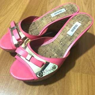 Pre 💓 GUESS wedges