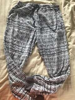 🚚 Fleece pants