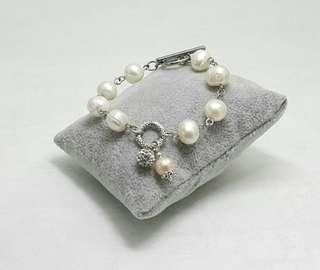 Chunky White Freshwater Pearl Bracelet