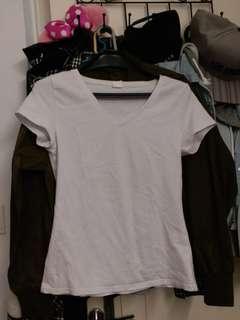 white tee t-shirt 白色