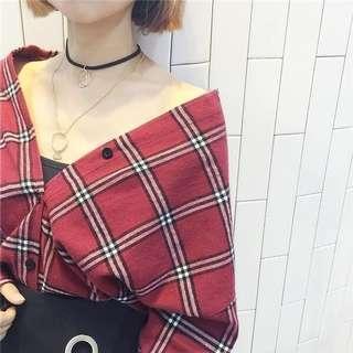 色格仔上衣恤衫韓國性感可愛 red checkered. 露肩露膊