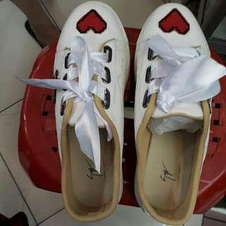 Sepatu Ghost(Baru)