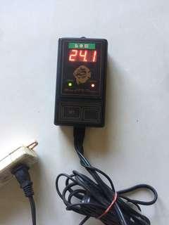 二手 1000W微電腦LED液晶控溫機控溫器 加溫器 加熱器