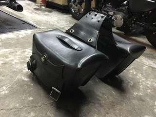 Harley saddle leather bag