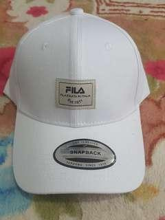 'FILA' sportcap putih
