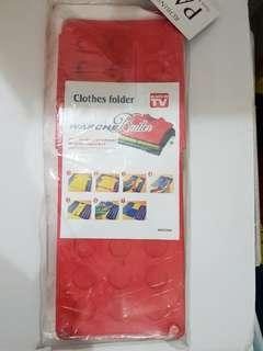 Clothes Folder with Two Dust Covers