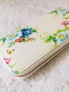 Free Shipping — Ladies Floral Wallet