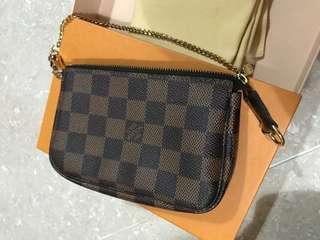 🈹100%Real LV 拉鍊小手袋damier bag,small bag