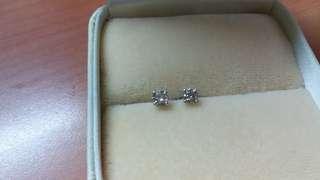 18k白金71份鑽石耳環