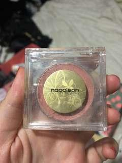 Napoleon cream blush