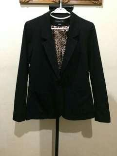 Forever21 Ladies Black Blazer