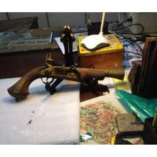 Antique Naval Pirates Display Flintlock Pistol