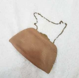 fossil golden brown clutch