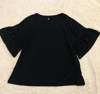 Uniqlo bell sleeve top