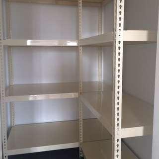 Boltless Rack w/ Metal Shelves