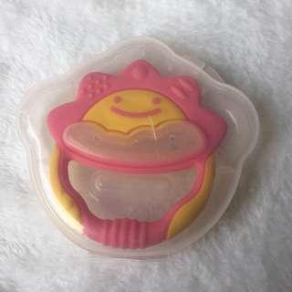 Richell Teether