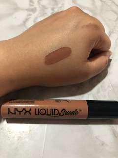 Nyx liquid suede in expose