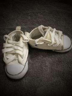 Preloved Converse shoes for baby (size 11.5 cm)