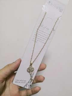 🚚 Gemstone Necklaces