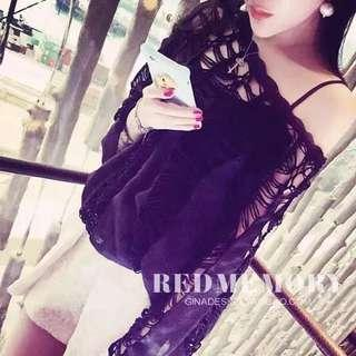 🚚 Woman casual black top