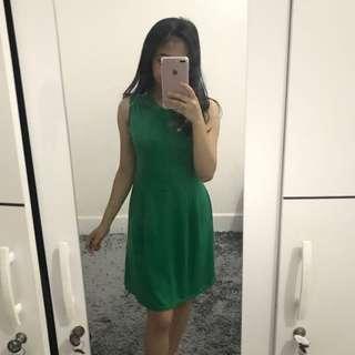 Flare dress hijau