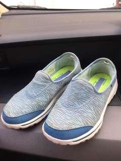 Skechers Blue go walk