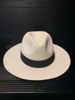白色草帽(z)