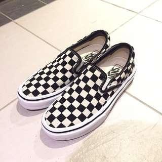 Vans 黑白格子至尊鞋