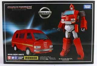 Transformers KO Masterpiece - MP-27 MP27 Ratchet (MISB)