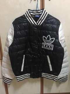 全新Adidas外套(內綿,不是羽絨)